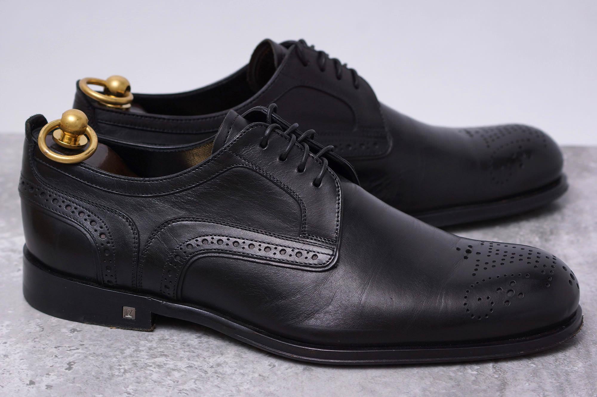 ヴィトン / Louis Vuitton ビジネスシューズ メンズ ブラック 黒 セミブローグ ST0174