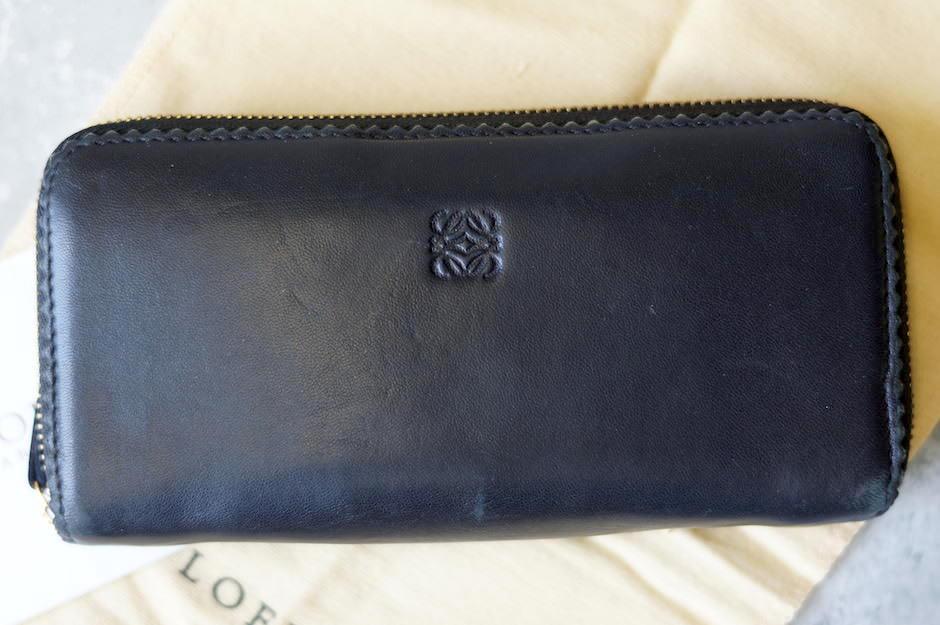 cheap for discount 7d580 2aabf ロエベ / LOEWE 長財布 レディース ブラック 黒 ラウンドジップ ラウンドファスナー